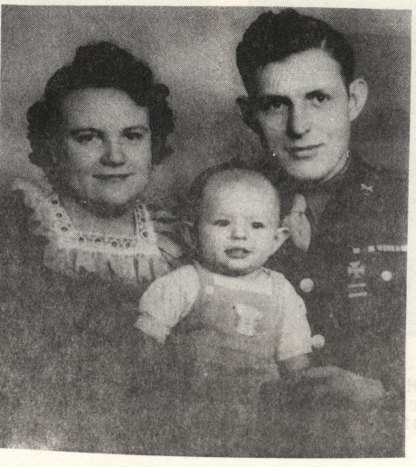 Lester and Helen (Peterman) Tong with son Calvin