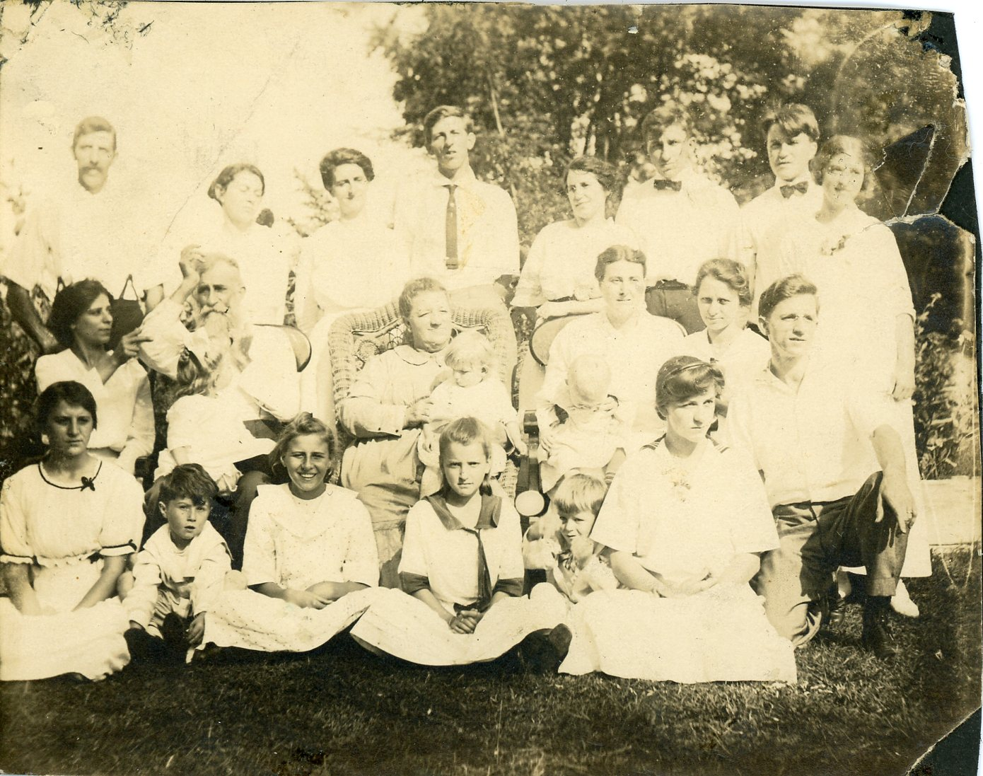 Henry Hamilton Wiggins, Kathryn Louisa Aukamp Wiggins and their family.